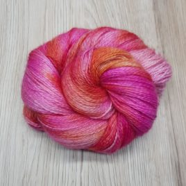Stargazer Lily – No-Nylon Sock Yarn